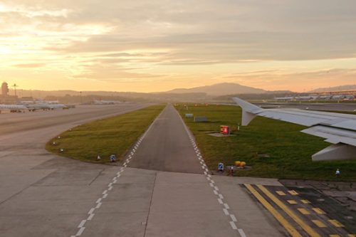 runway-and-aircraft-wing_phil-b_unsplash-c